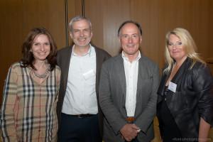 Thomas d'Ansembourg avec (de gauche à droite) Hélène Ducret, trésorière, Olivier Lavy, vice-président, Thomas d'Ansembourg, Marie-Claire Schmid, présidente.